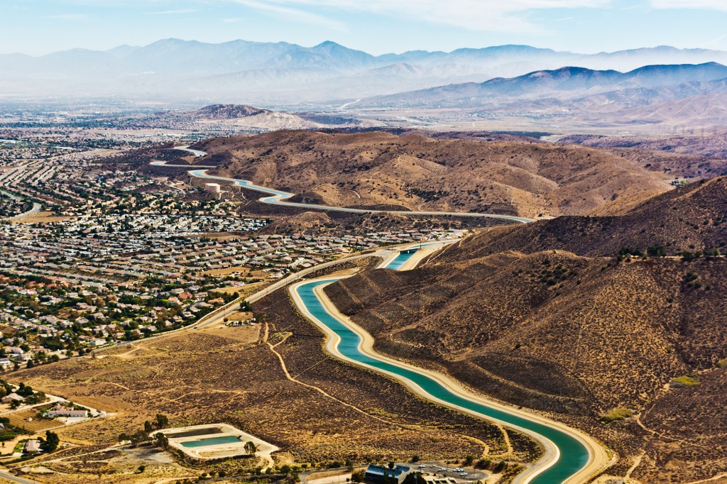17 Oct 2014 --- The California Aqueduct in the Mojave Desert near Palmdale CA. --- Image by © Steve Proehl/Proehl Studios/Corbis