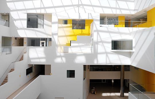 MIT inside