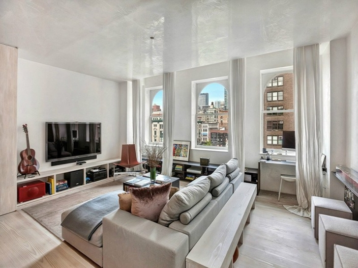 This Is A Luxury Apartment In The Flatiron District Of Manhattan, In New  York City. It Is A Studio Apartment So Everything From The Kitchen To The  Bedroom ...