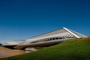 Zaragoza-Bridge-Pavilion-Zaha-Hadid_466x310